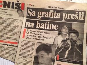 Zeitungsbericht über die Naziattacke 2004