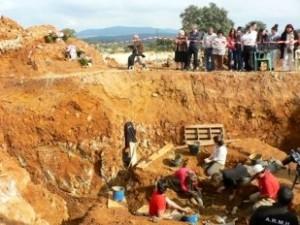 Bild von den Ausgrabungen. Foto: Verena Boos