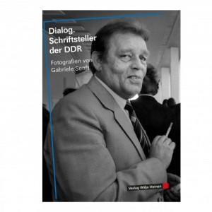 Dialog. Schriftsteller der DDR. Fotografien von Gabriele Senft, 192 Seiten, Verlag: Wiljo Heinen 2015, 19,80 EUR