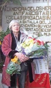 Claire Rol-Tanguy (geb. 1946) ist die Generalsekretärin des französischen Vereins »Les Amis des Combattants en Espagne Républicaine« (ACER). Ihr Vater war der berühmte französische Widerstandskämpfer Henri Rol-Tanguy (1908 - 2002), der auch als Interbrigadist für die Spanische Republik kämpfte. Ihre Mutter ist die ehemalige Widerstandskämpferin Cécile Rol Tanguy (geb. 1919).
