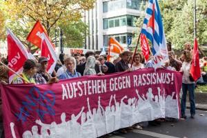 """Demonstration von """"Aufstehen gegen Rassismus"""". Kleiner Aufschrei vor den Wahlen in Mecklenburg-Vorpommern und Berlin a, 3. September (Foto: U. Stephan, r-mediabase)"""