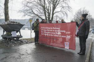Gedenken an den Todesmarsch von Köln zur Versetalsperre bei Lüdenscheid.  Foto: Jochen Vogler /r-mediabase.eu