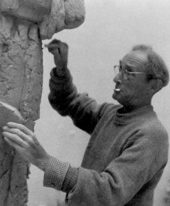 Willi Lammert in seinem Atelier, 1956