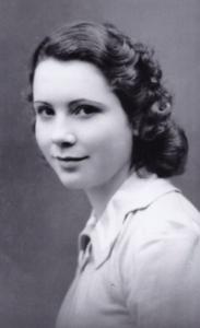 Anne Beaumanoir, 1940